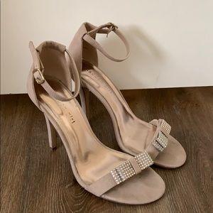 Madden Girl Heel